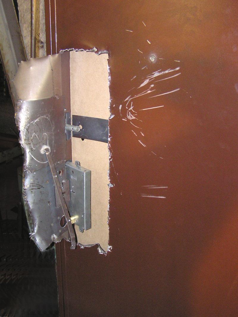 двери сейф форпост фото инструкция к ключам